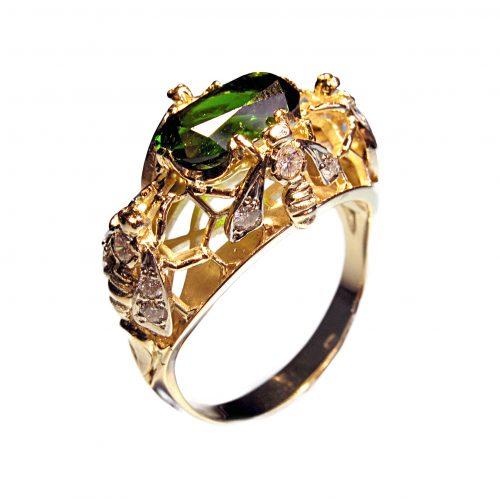 prsten-vcielky-smaragd